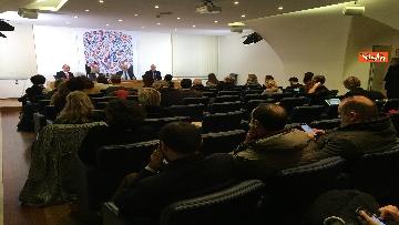 4 - Bonisoli in conferenza stampa alla sede romana della stampa estera, immagini