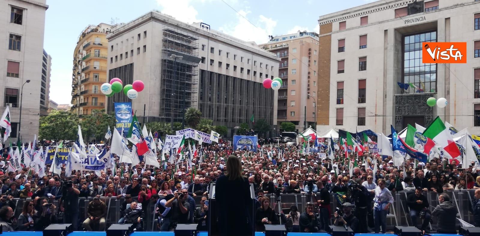 19-05-19  Europee Meloni chiude campagna elettorale a Napoli il comizio in piazza Matteotti_02