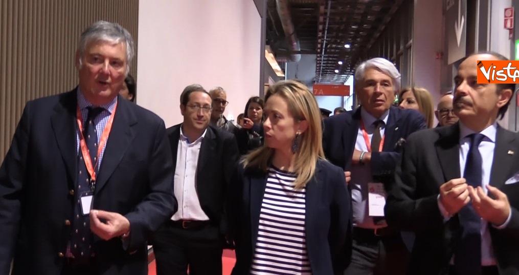 Meloni visita il Salone del Mobile di Milano