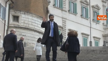 9 - Roberto Fico raggiunge il Quirinale a piedi