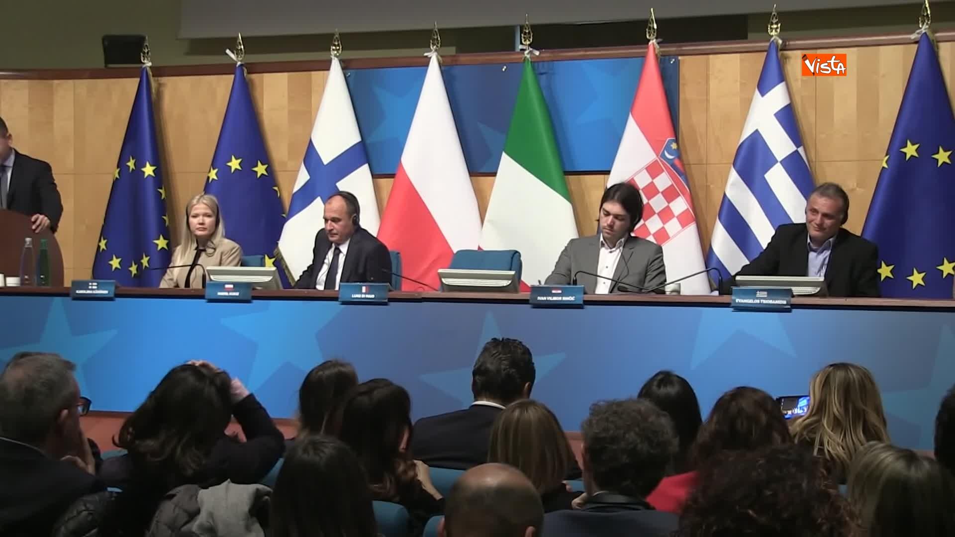 Di Maio presentra il manifesto per le elezioni europee