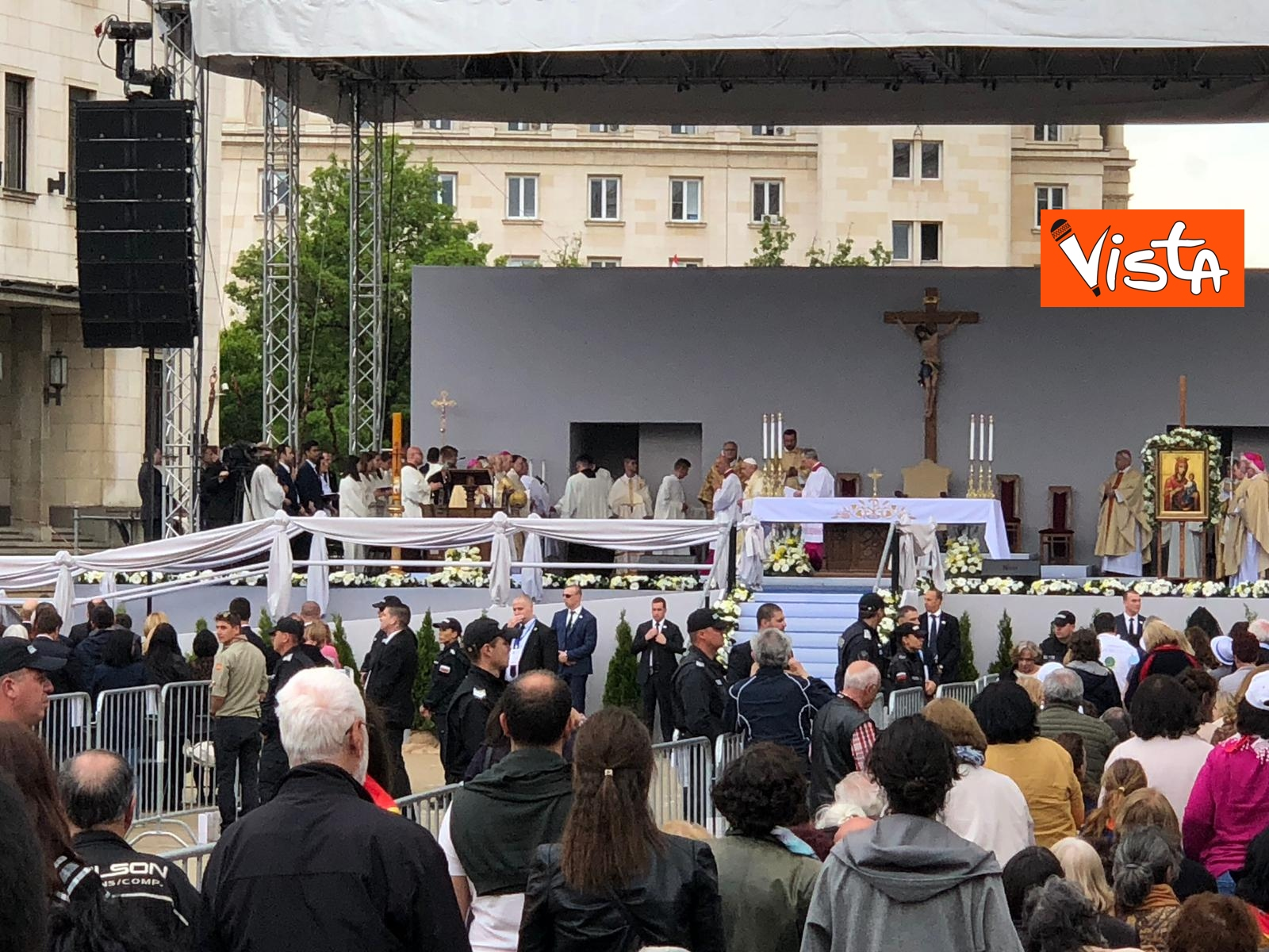 05-05-19 Papa Francesco celebra Santa Messa a Sofia_09