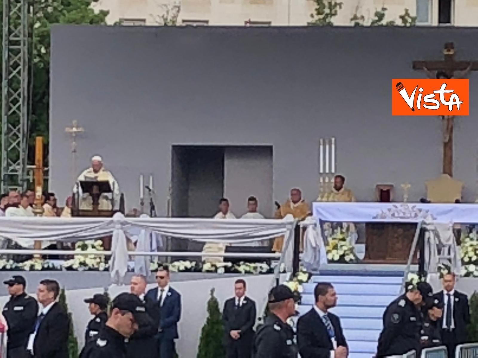 05-05-19 Papa Francesco celebra Santa Messa a Sofia_02