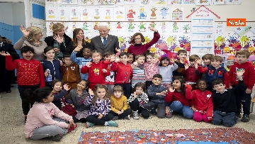 12 - Mattarella visita a sorpresa scuola D. Manin a Roma