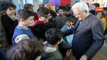 18 - Mattarella visita a sorpresa scuola D. Manin a Roma