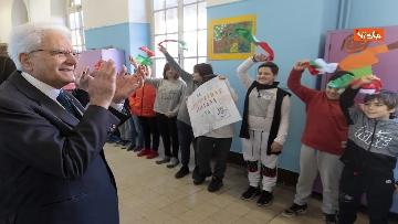 16 - Mattarella visita a sorpresa scuola D. Manin a Roma