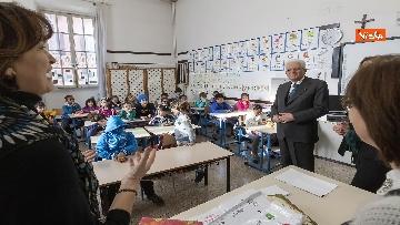 2 - Mattarella visita a sorpresa scuola D. Manin a Roma