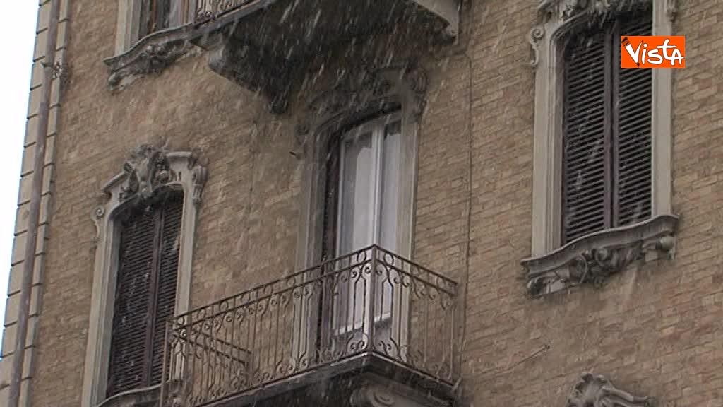 23-02-18 Torna il freddo, e la neve imbianca Torino_08