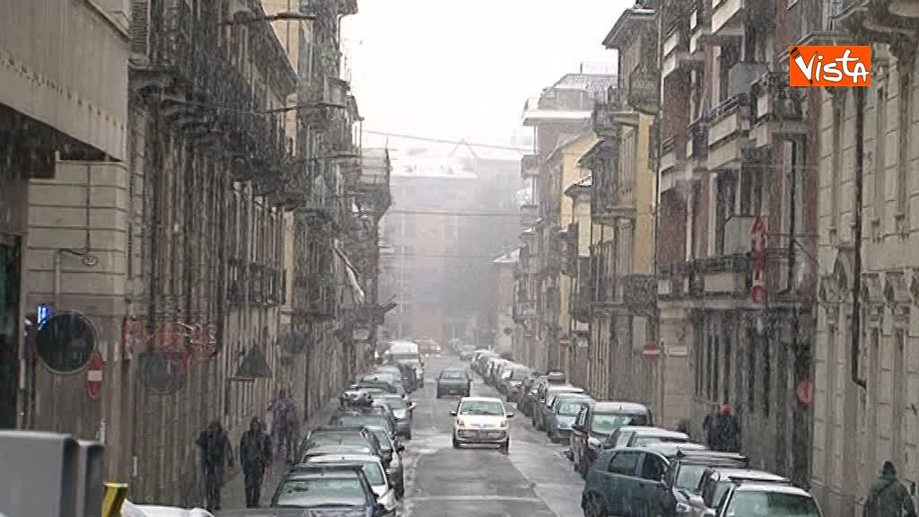 23-02-18 Torna il freddo, e la neve imbianca Torino_04
