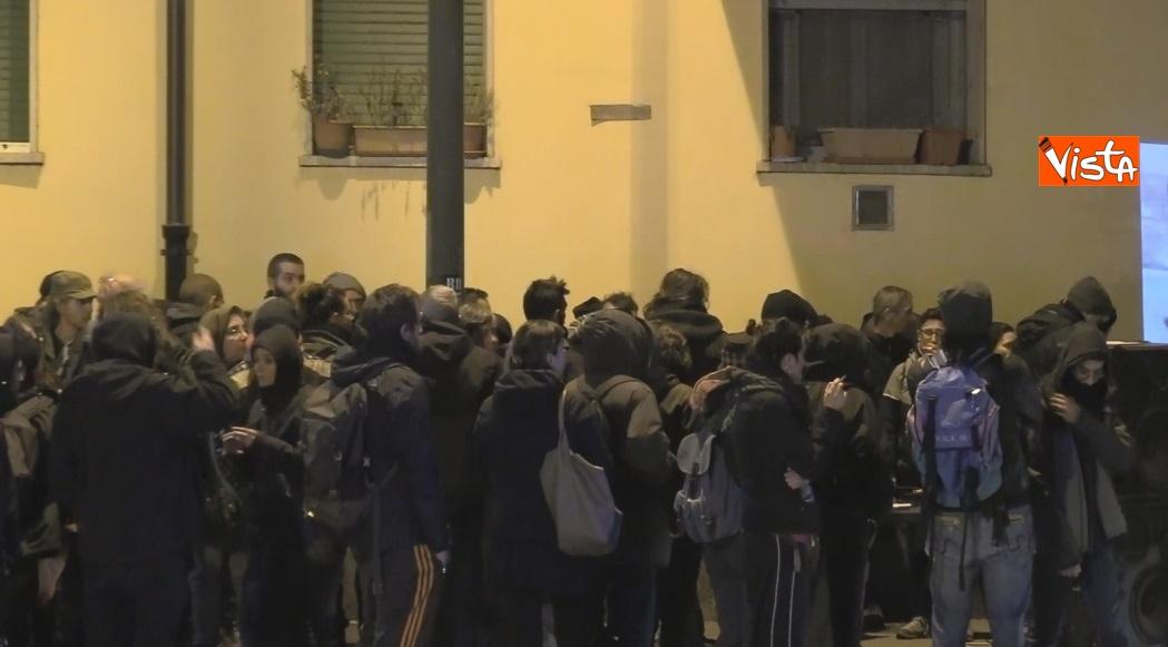Il presidio degli anarchici a Torino contro la Lega_02