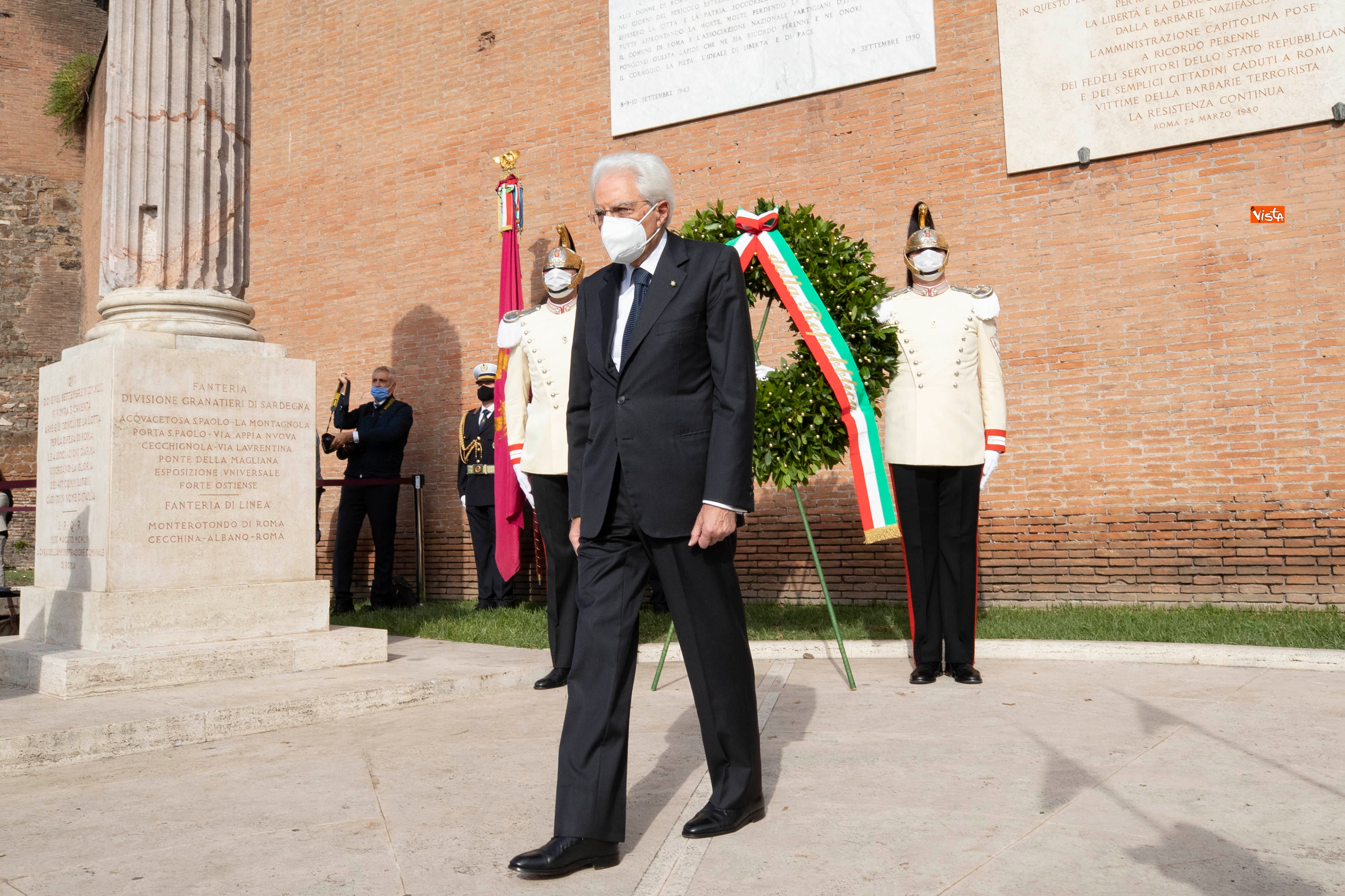 08-09-20 77  anniversario della Difesa di Roma Mattarella a Porta San Paolo e al Parco della Resistenza_06