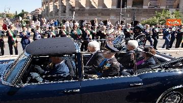 1 - Festa della Repubblica, Mattarella arriva ai Fori Imperiali per assistere alla parata del 2 giugno