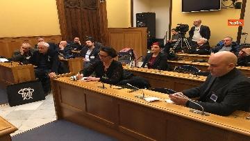 8 - Bannon, Fratoianni in conferenza stampa su aggiudicazione Abbazia Trisulti