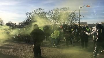 23 - Gilet Gialli sfilano agli Champs Elysee per la 14esima settimana di mobilitazione consecutiva