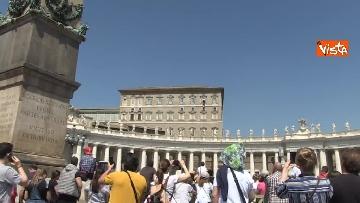 5 - Papa Francesco nel Regina Coeli della domenica
