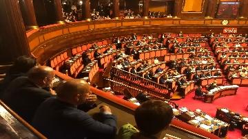 10 - Banchi M5s vuoti mentre Conte parla del Russiagate in Aula al Senato