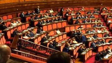 3 - Banchi M5s vuoti mentre Conte parla del Russiagate in Aula al Senato
