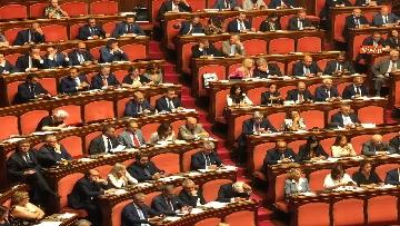 4 - Banchi M5s vuoti mentre Conte parla del Russiagate in Aula al Senato