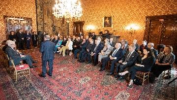2 - Mattarella incontra una Delegazione della Lega Italiana per la lotta contro i tumori