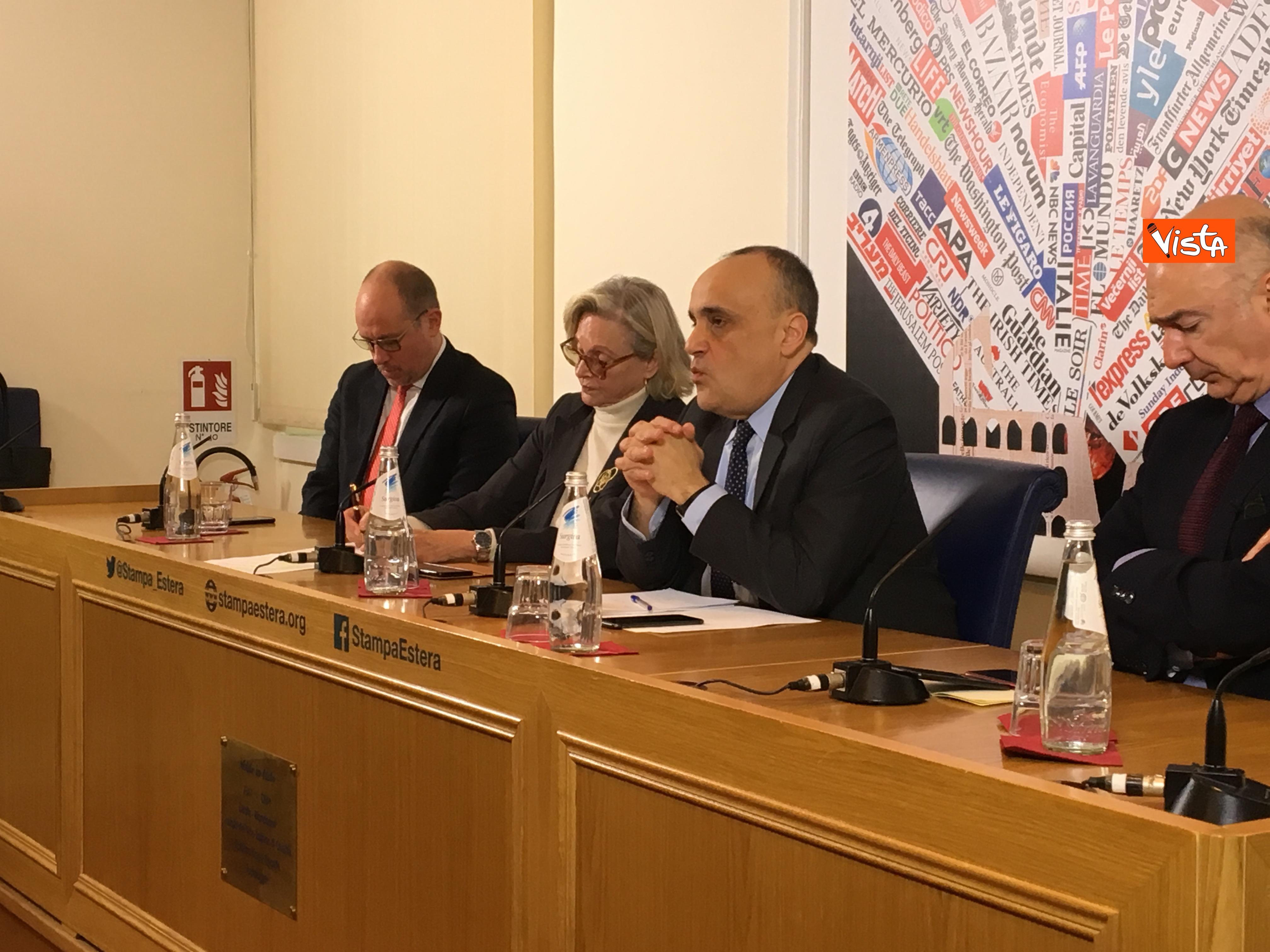 10-01-19 Bonisoli in conferenza stampa alla sede romana della stampa estera immagini_08
