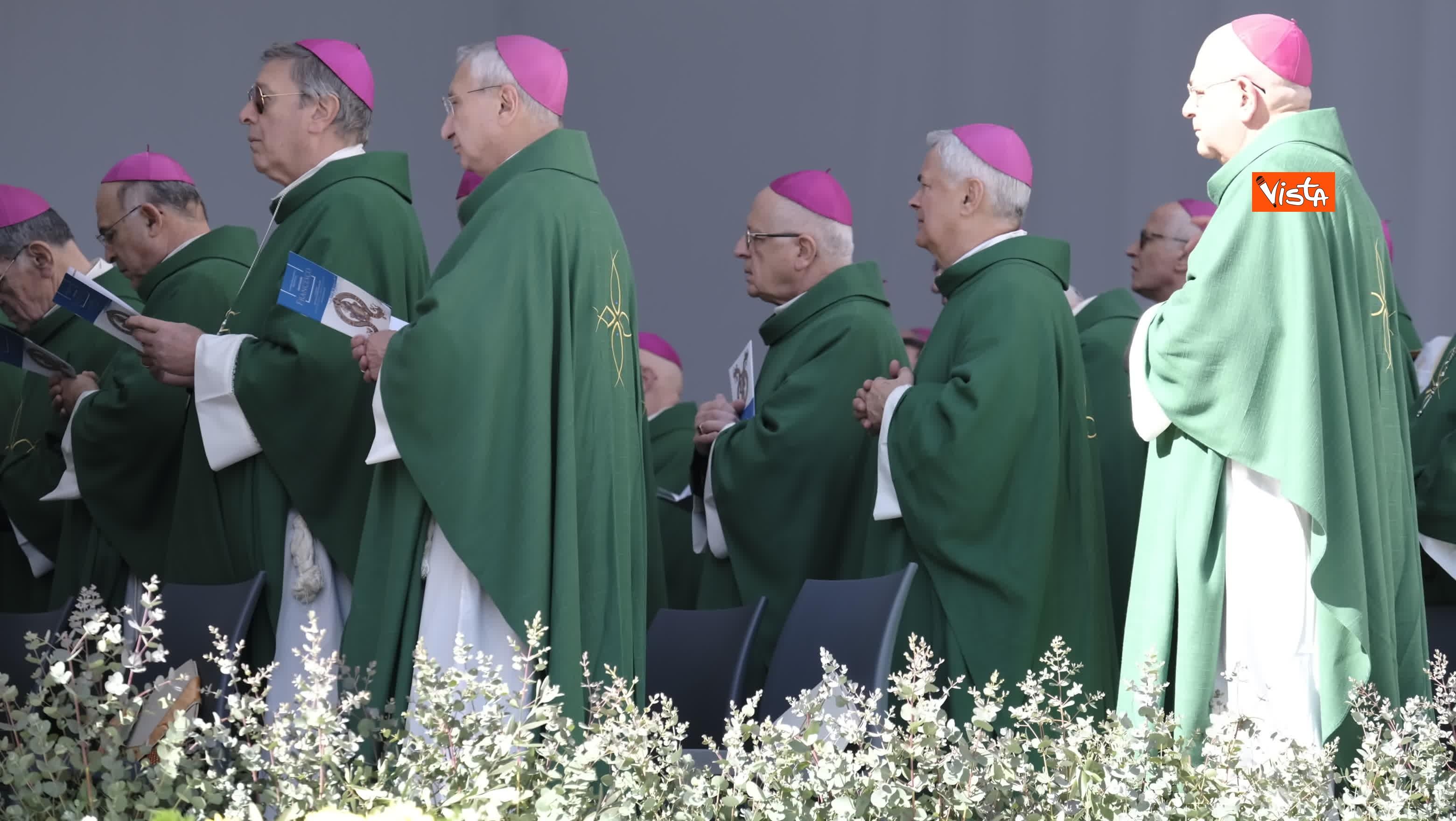 23-02-20 Il Papa a Bari incontra il presidente della Regione Puglia Michele Emiliano_08