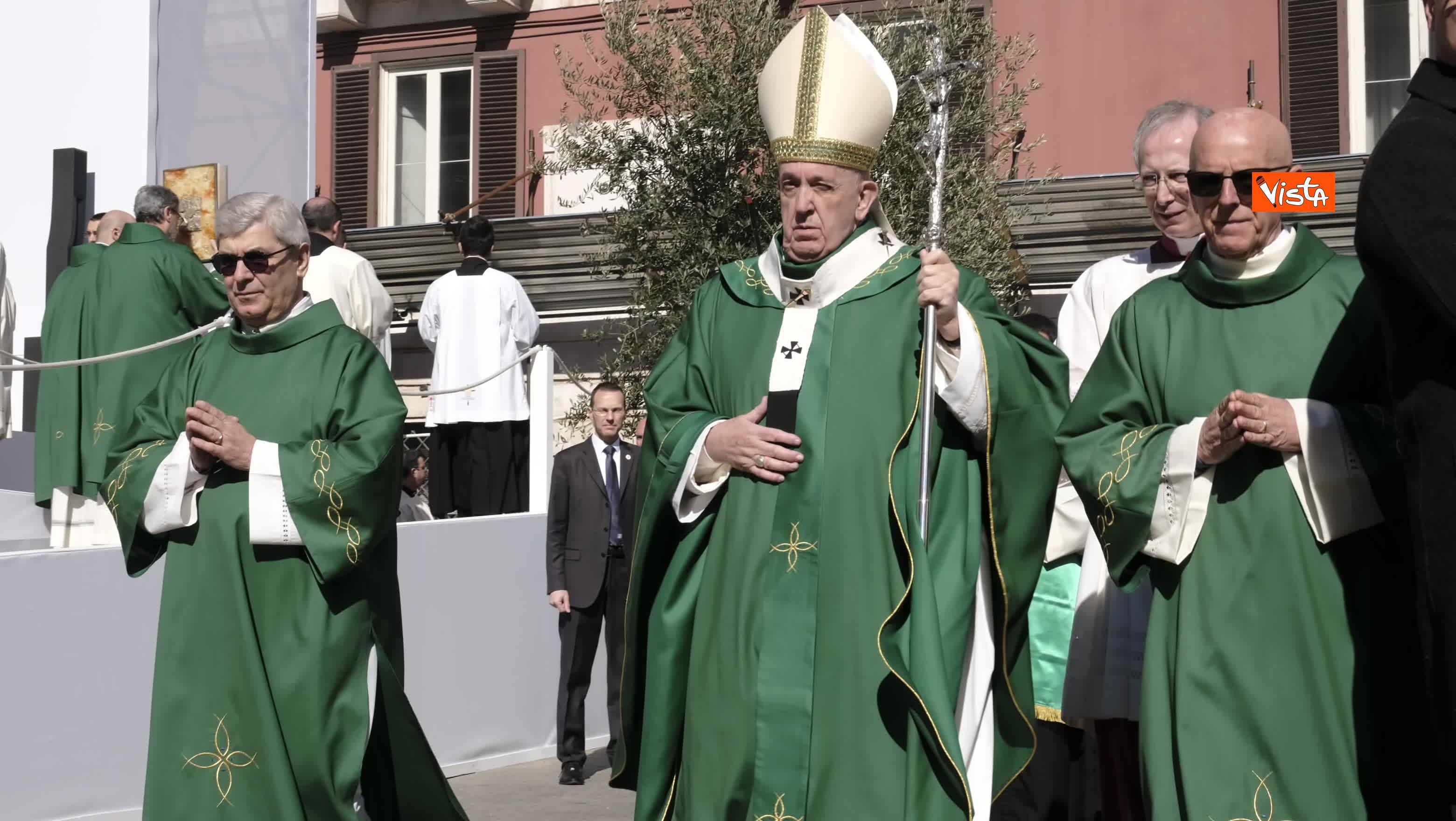 23-02-20 Il Papa a Bari incontra il presidente della Regione Puglia Michele Emiliano_07