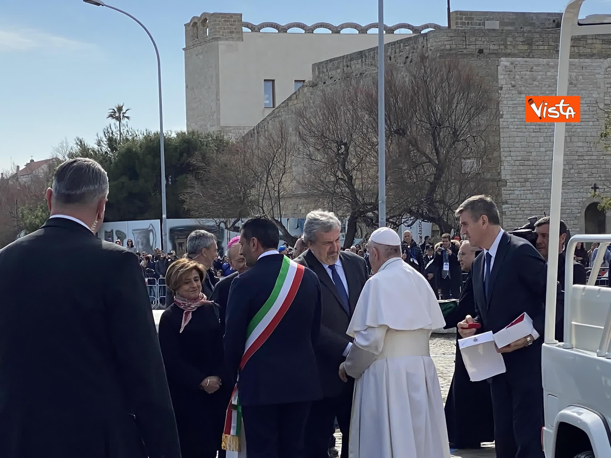 23-02-20 Il Papa a Bari incontra il presidente della Regione Puglia Michele Emiliano_02