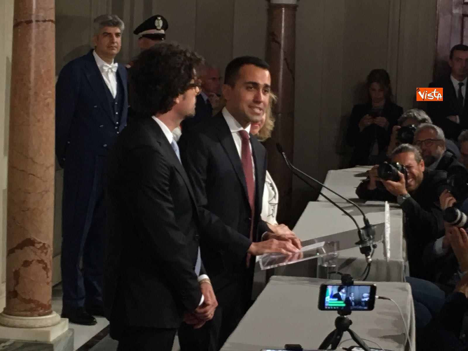 21-05-18 Di Maio guida la delegazione M5s al Quirinale con Toninelli e Giulia Grillo_12