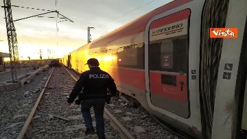 4 - Treno deragliato a Lodi, i primi rilievi della Polizia ferroviaria