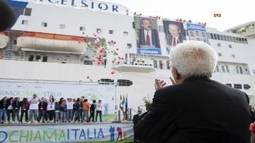 4 - Il presidente Mattarella alla partenza della Nave della Legalità