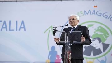 3 - Il presidente Mattarella alla partenza della Nave della Legalità