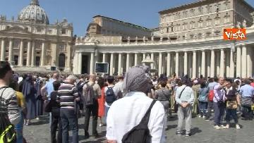 2 - Papa Francesco nel Regina Coeli della domenica