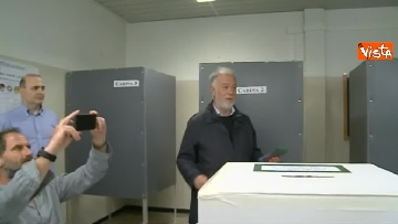 4 - Comunali Firenze, il voto del candidato sindaco di centrodestra Bocci