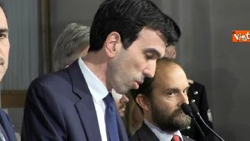 6 - I foglietti di Martina, la cravatta rossa di Orfini, il PD alle consultazioni