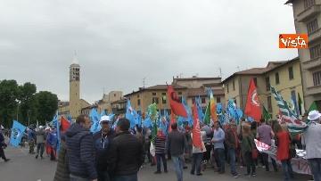 1 - Camusso, Furlan, Barbagallo alla manifestazione del primo maggio a Prato. Presente Martina
