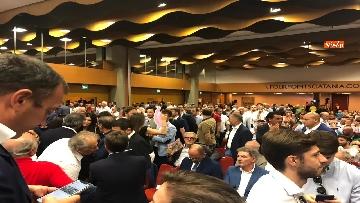 2 - 'E' sempre più blu, Meloni ufficializza entrata a FdI del sindaco di Catania