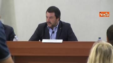 2 - Salvini presenta l'iniziativa Scuole sicure immagini