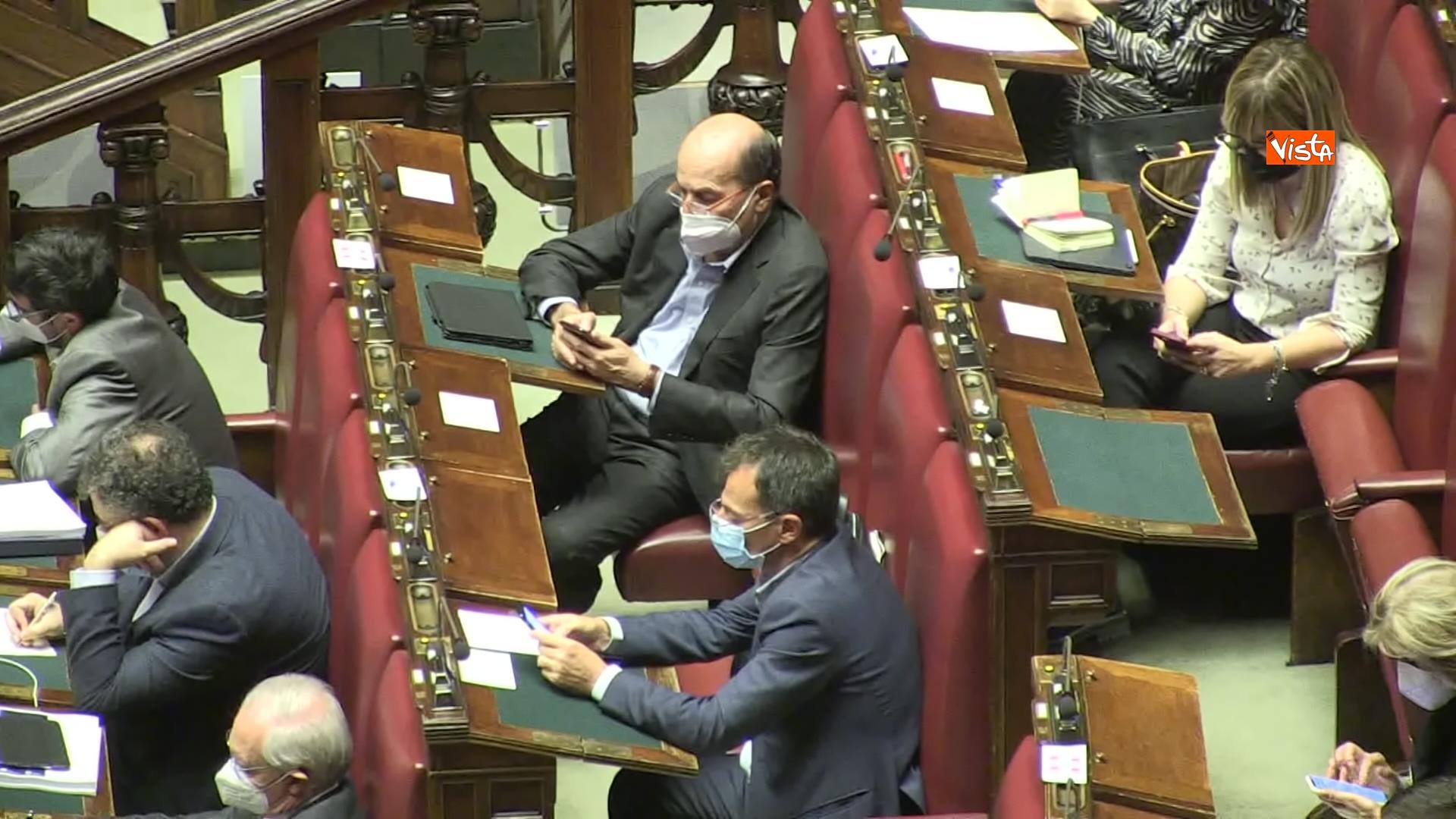 02-12-20 Il ministro Speranza riferisce alla Camera su piano vaccini e nuovo Dpcm, le foto_12