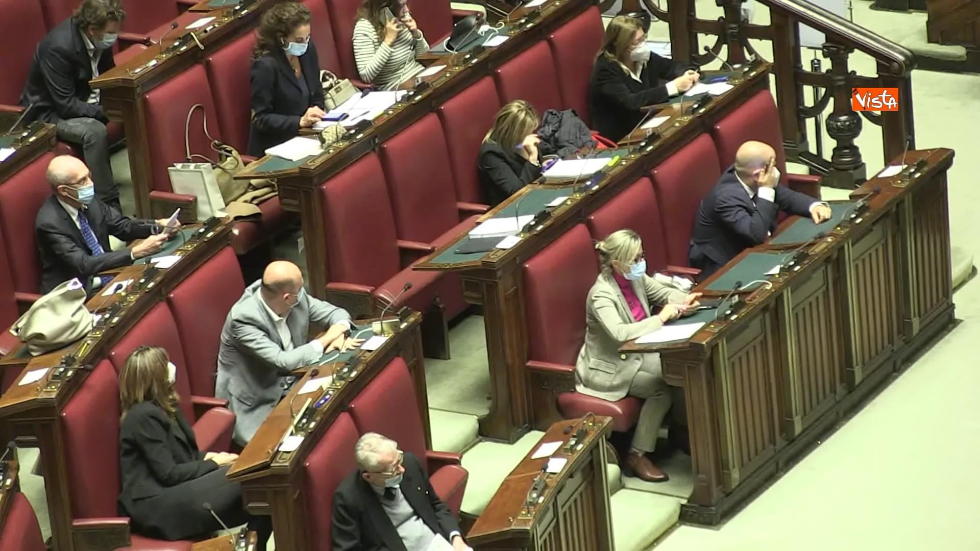 02-12-20 Il ministro Speranza riferisce alla Camera su piano vaccini e nuovo Dpcm, le foto_04