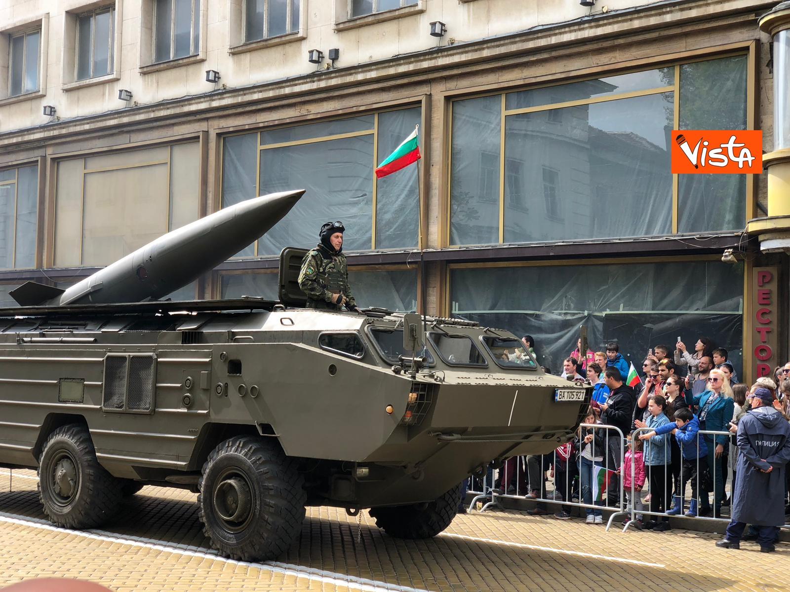 06-05-19 La parata militare a Sofia per la festa dell esercito in occasione di San Giorgio_04