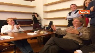 1 - FOTO GALLERY - Europee, la gioia di Zingaretti e Gentiloni ai primi exit poll