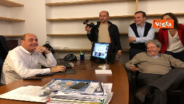 3 - FOTO GALLERY - Europee, la gioia di Zingaretti e Gentiloni ai primi exit poll