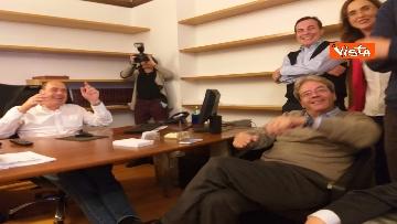 2 - FOTO GALLERY - Europee, la gioia di Zingaretti e Gentiloni ai primi exit poll