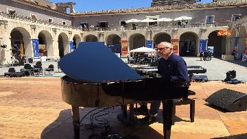 8 - Cracking Danilo Rea, tutto pronto per il concerto a Palazzo della Cultura di Catania per Innovation days Anas
