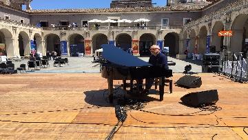 9 - Cracking Danilo Rea, tutto pronto per il concerto a Palazzo della Cultura di Catania per Innovation days Anas