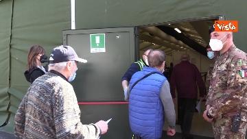 6 - Vaccinazioni in Lombardia, Guerini e Fontana all'inaugurazione del nuovo hub di Varese. Le immagini