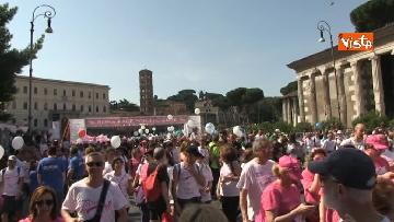 6 - Raggi e Zingaretti alla Race for the Cure a Roma