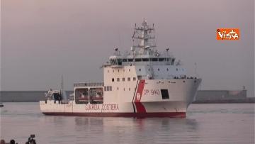1 - Aquarius, Dattilo e Orione sono attraccate al porto di Valencia, finita l'Odissea per 629 migranti
