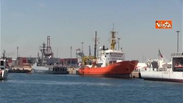 11 - Aquarius, Dattilo e Orione sono attraccate al porto di Valencia, finita l'Odissea per 629 migranti