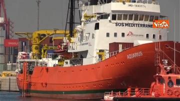 8 - Aquarius, Dattilo e Orione sono attraccate al porto di Valencia, finita l'Odissea per 629 migranti